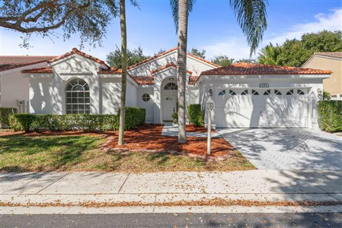 Photo of 1015 Siena Oaks Circle W, Palm Beach Gardens, FL 33410 (MLS # RX-10593458)