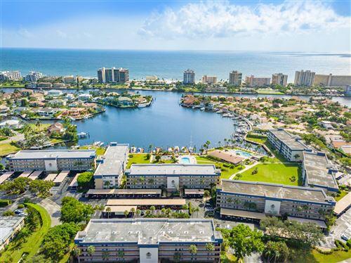 Photo of 951 Spanish Circle #446-F, Delray Beach, FL 33483 (MLS # RX-10747458)