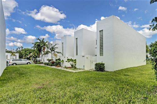 Foto de inmueble con direccion 5110 Elmhurst Road #E West Palm Beach FL 33417 con MLS RX-10664462