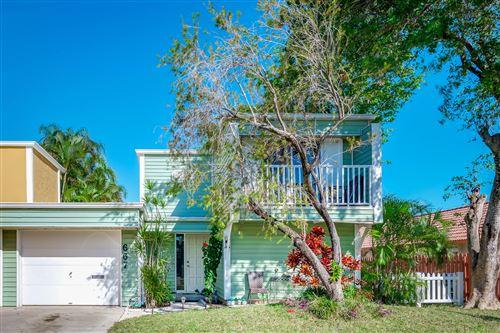Photo of 667 Forsyth Street, Boca Raton, FL 33487 (MLS # RX-10682464)