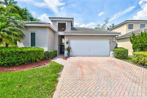 Photo of 8191 Hampton Wood Drive, Boca Raton, FL 33433 (MLS # RX-10619465)