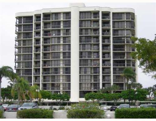 Photo of 2427 Presidential Way #204, West Palm Beach, FL 33401 (MLS # RX-10602467)
