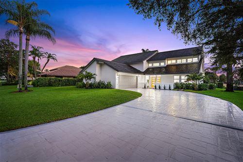 Photo of 21 Marlwood Lane, Palm Beach Gardens, FL 33418 (MLS # RX-10633468)