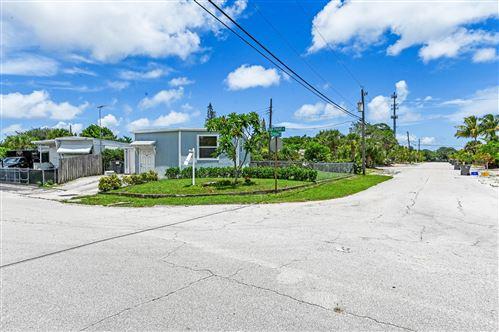 Photo of 9174 Highpoint Drive, West Palm Beach, FL 33403 (MLS # RX-10734470)