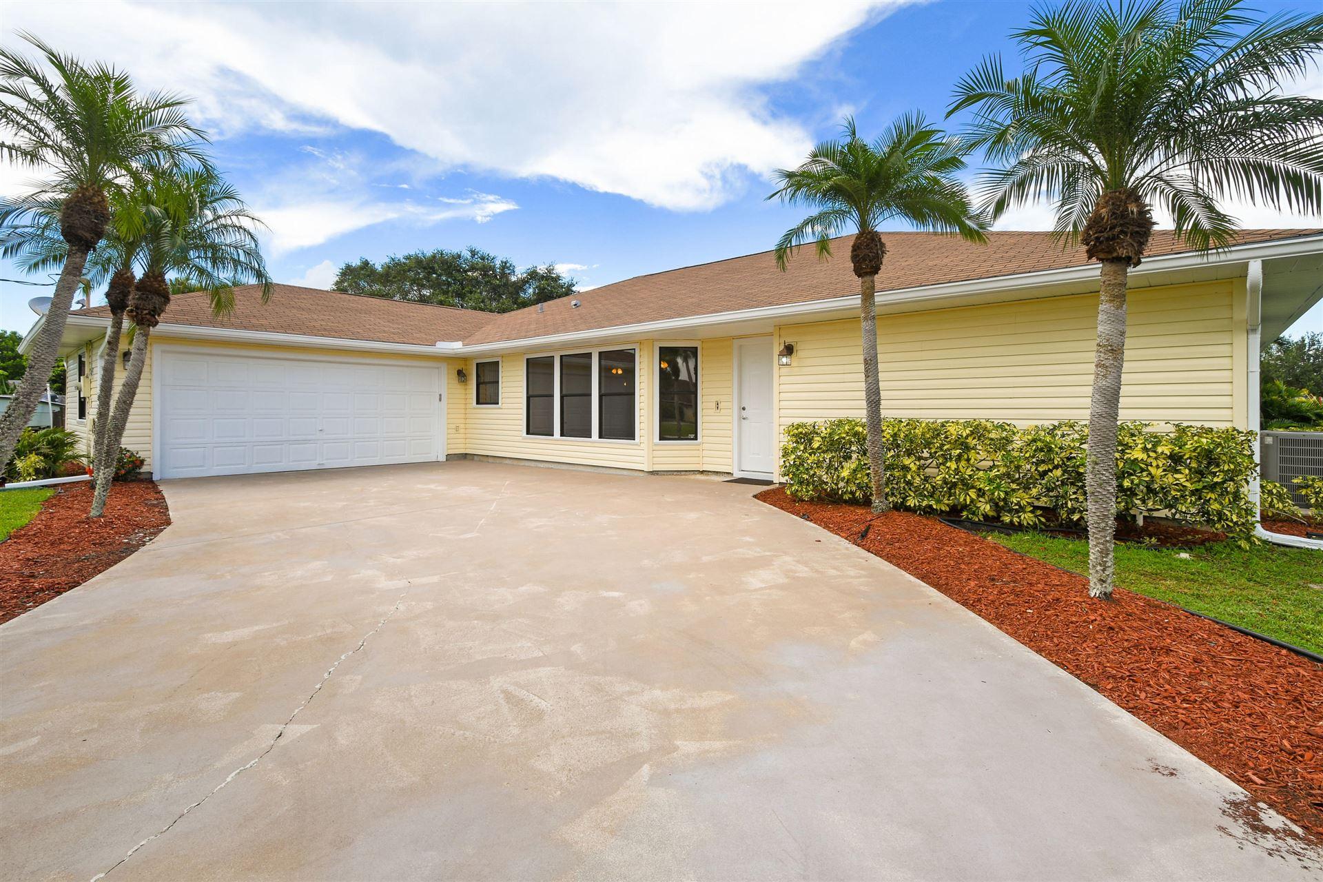 2111 SE Cayuga Court, Port Saint Lucie, FL 34952 - #: RX-10640470