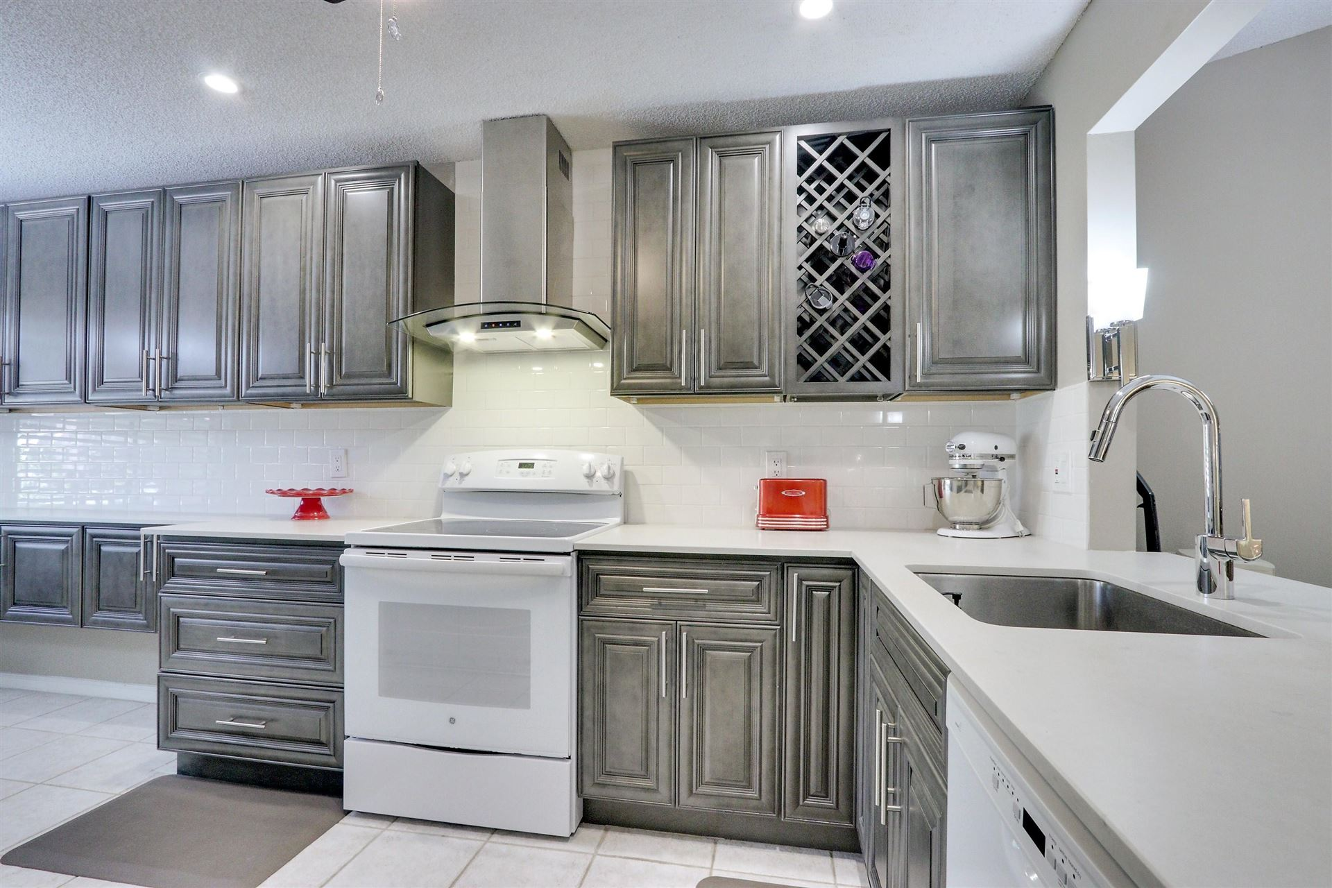10082 Shadywood Place, Boynton Beach, FL 33437 - #: RX-10677471
