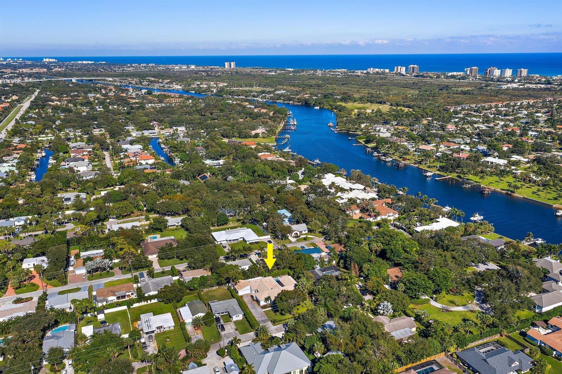 2377 Country Oaks Lane, Palm Beach Gardens, FL 33410 - #: RX-10677472
