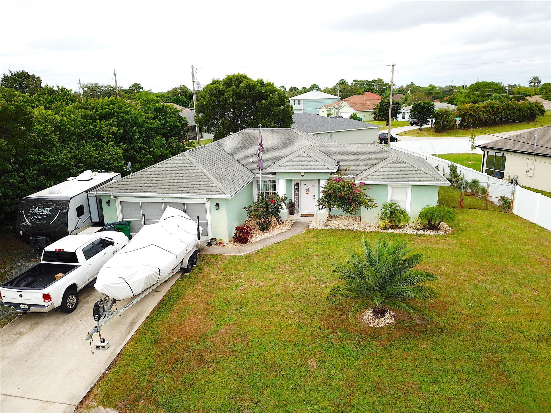 543 SW Bradshaw Circle, Port Saint Lucie, FL 34953 - #: RX-10754472