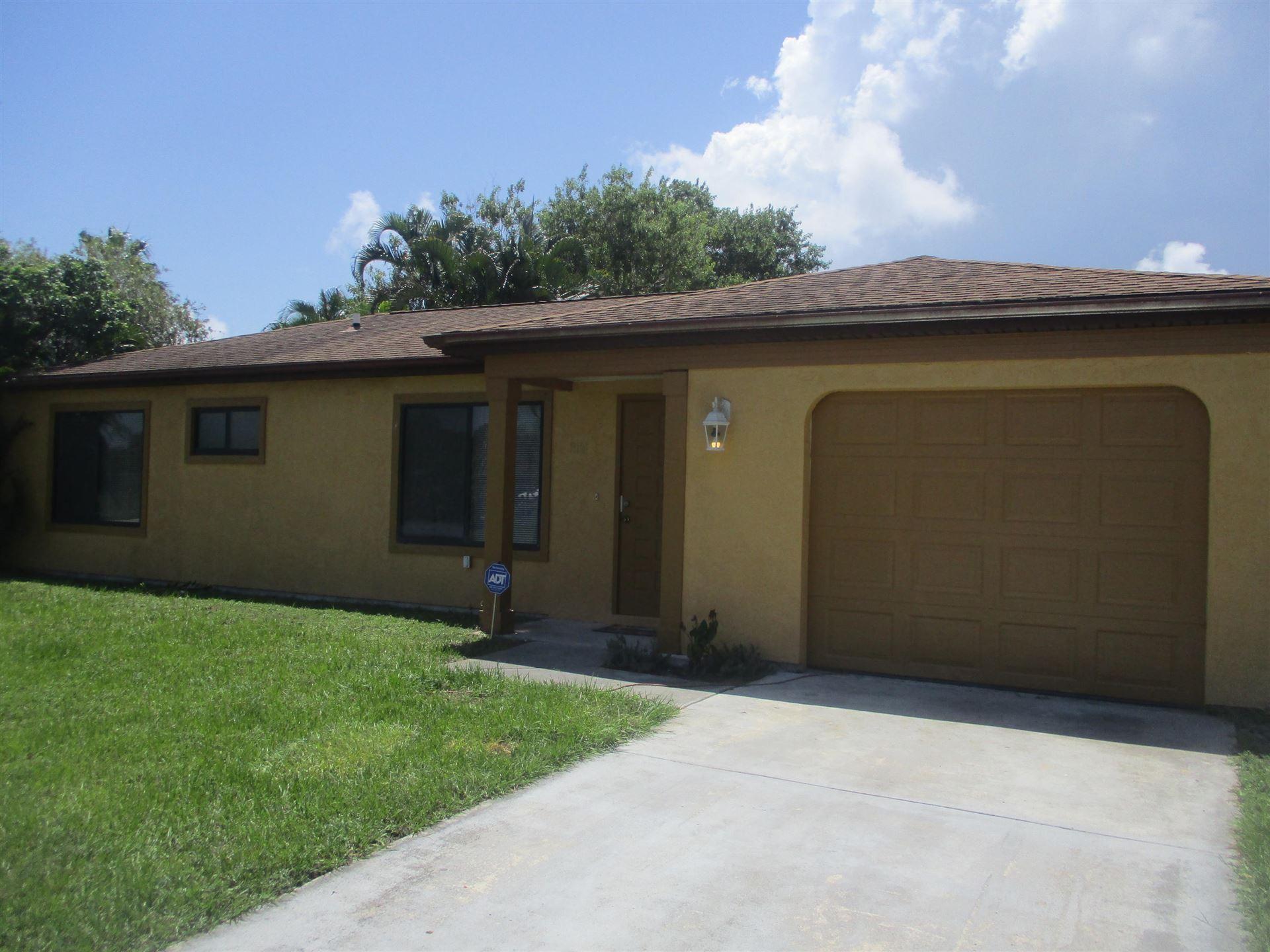 2181 SE East Dunbrooke Circle, Port Saint Lucie, FL 34952 - MLS#: RX-10704474