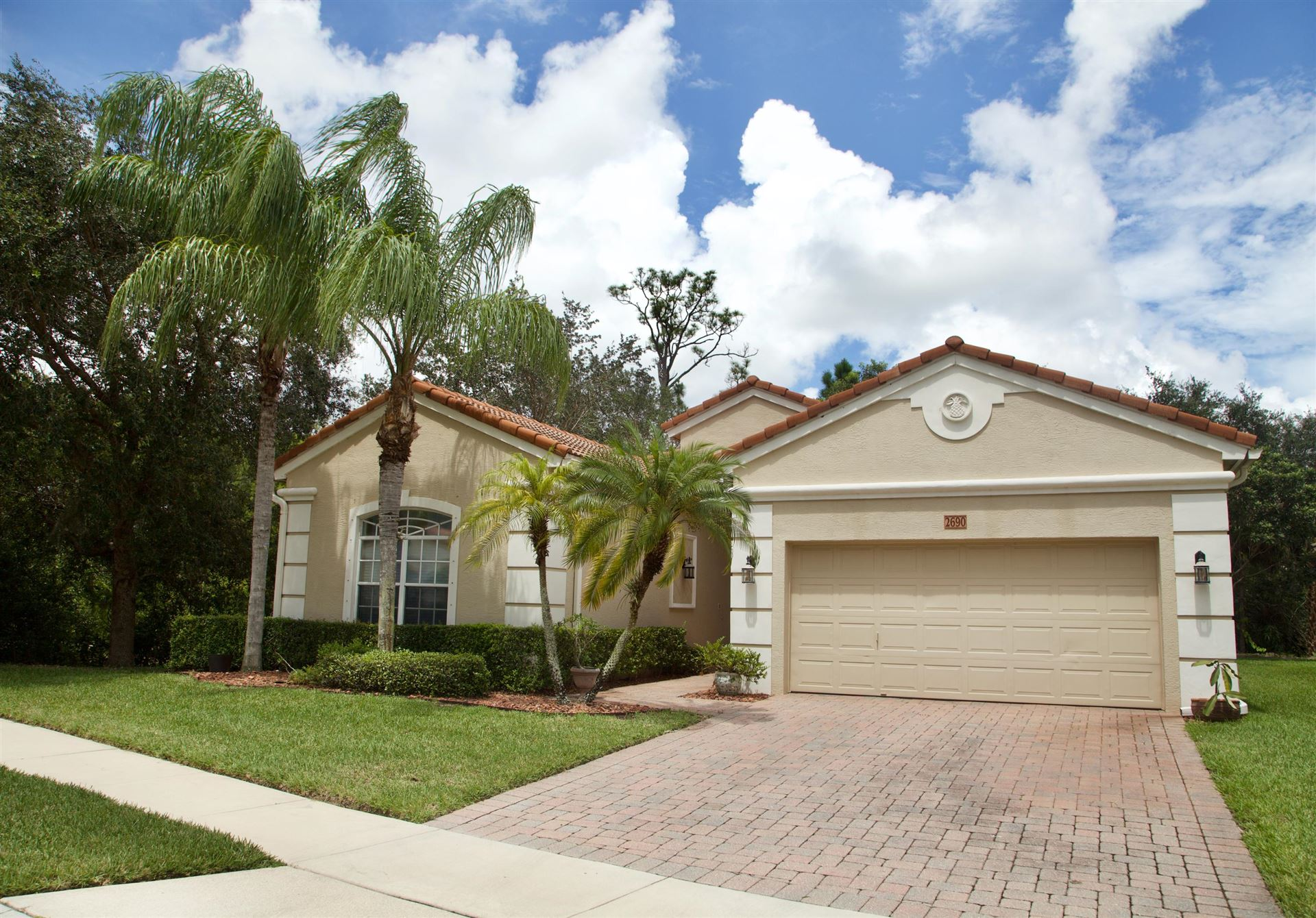 2690 Paw Paw Cay, West Palm Beach, FL 33411 - #: RX-10649475