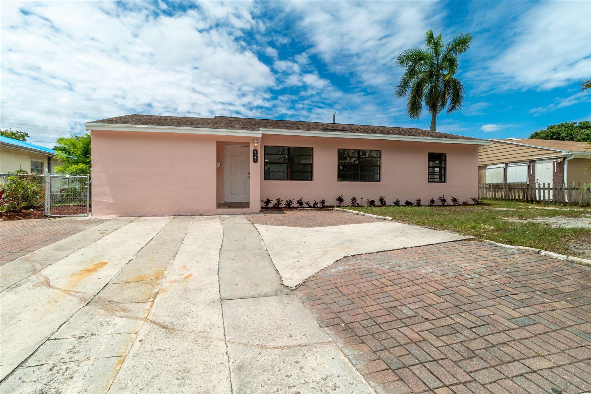 927 Forest Hill Boulevard, West Palm Beach, FL 33405 - #: RX-10632477