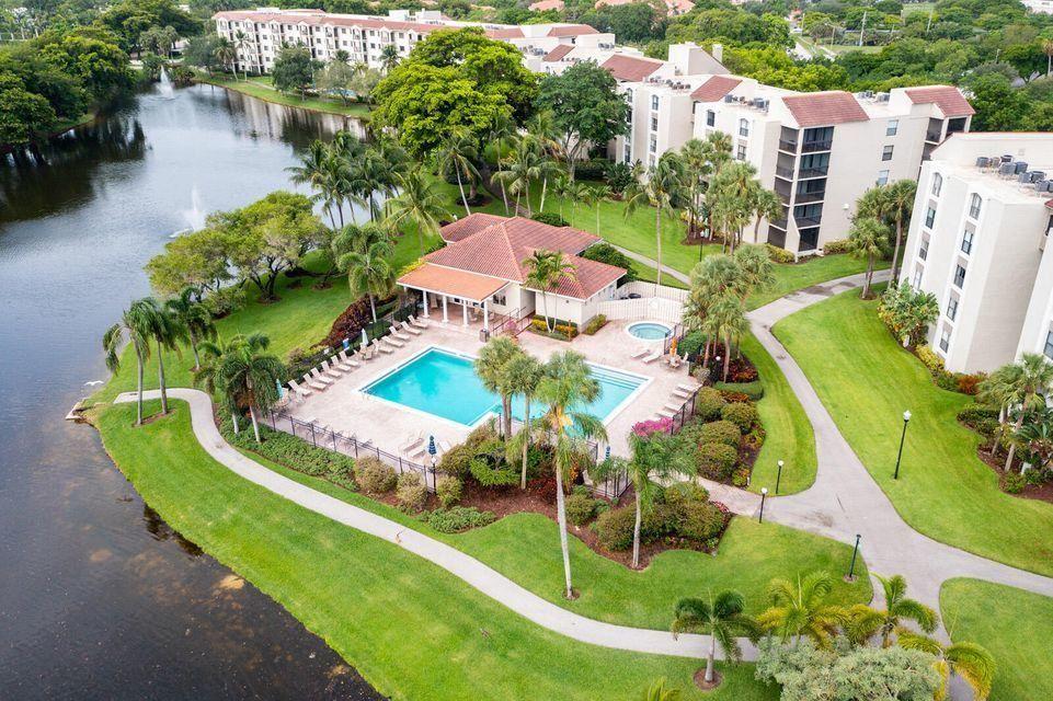 Photo of 2025 Lavers Circle #D505, Delray Beach, FL 33444 (MLS # RX-10734477)