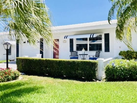 Photo of 2208 SW 20th Way, Boynton Beach, FL 33426 (MLS # RX-10715478)