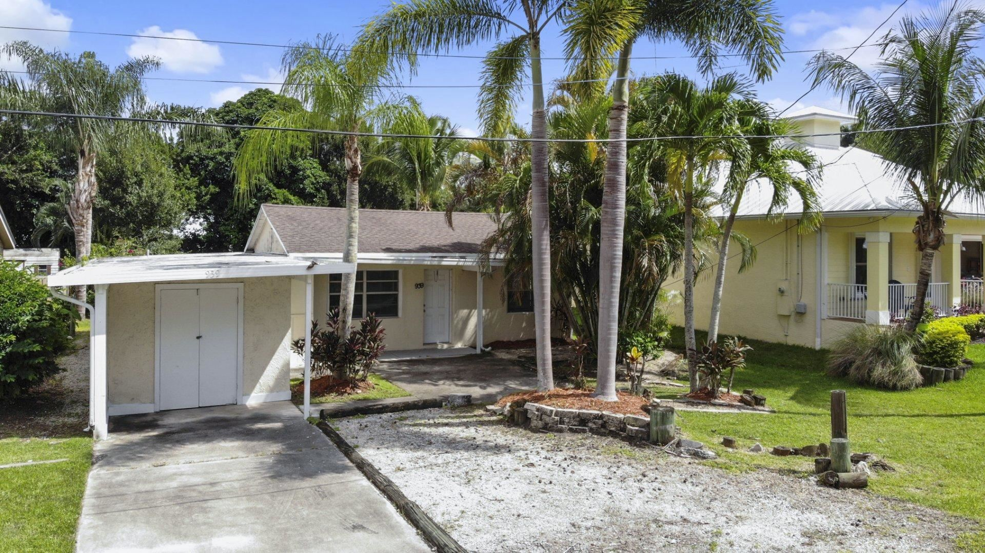 939 SW 34th Street, Palm City, FL 34990 - #: RX-10651481