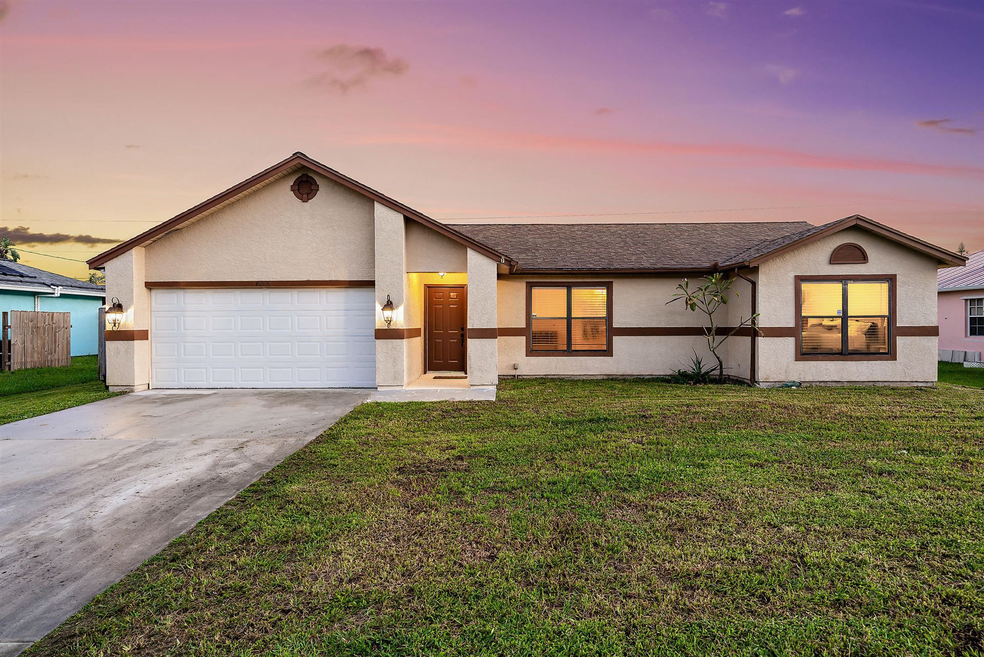 622 SW Badger Ter Terrace, Port Saint Lucie, FL 34953 - #: RX-10668481