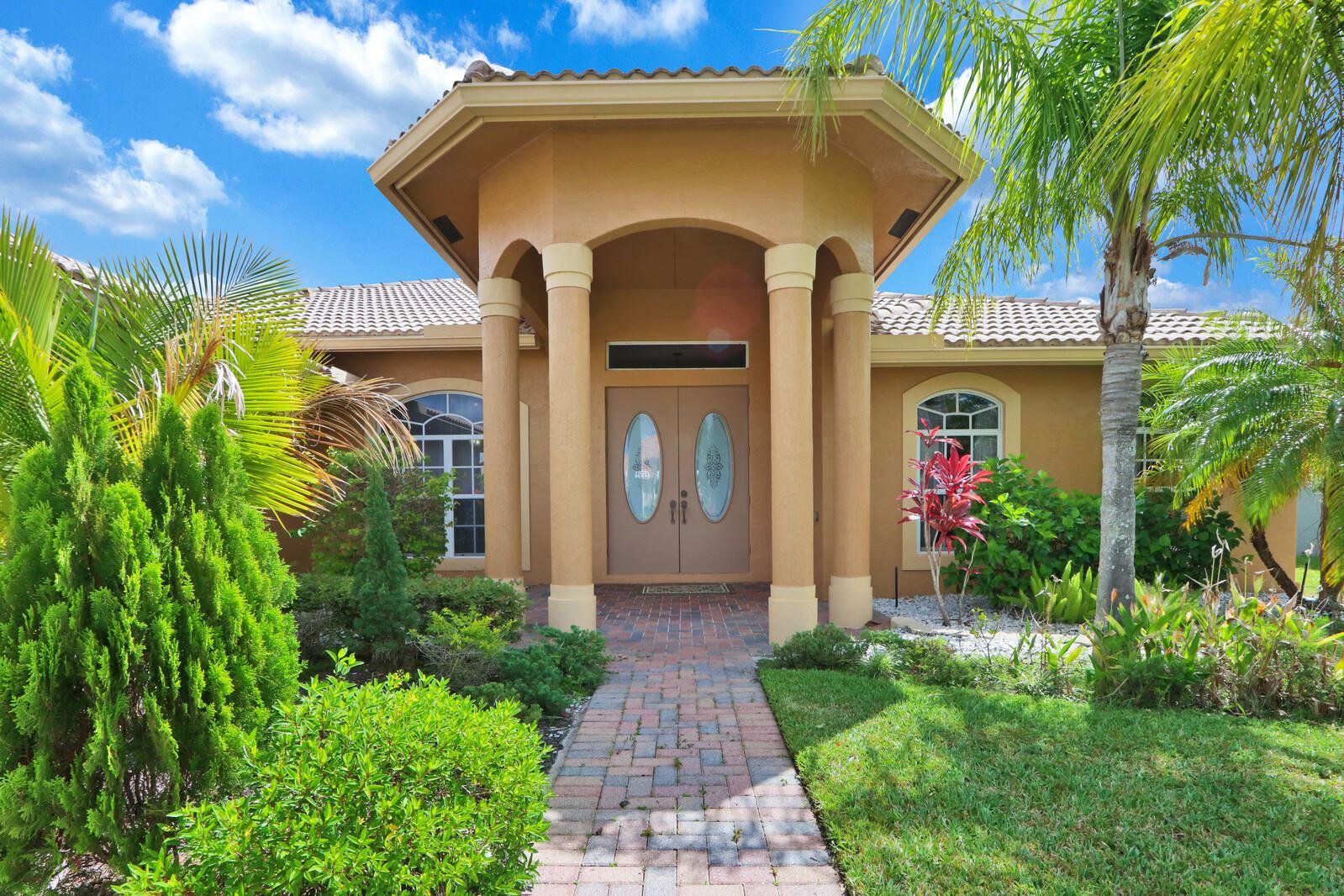 353 SW Quiet Woods, Port Saint Lucie, FL 34953 - MLS#: RX-10715481