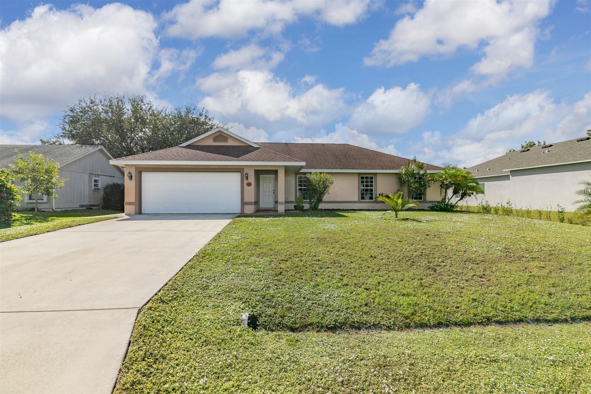 702 SW Hoffenberg Avenue, Port Saint Lucie, FL 34953 - MLS#: RX-10754481