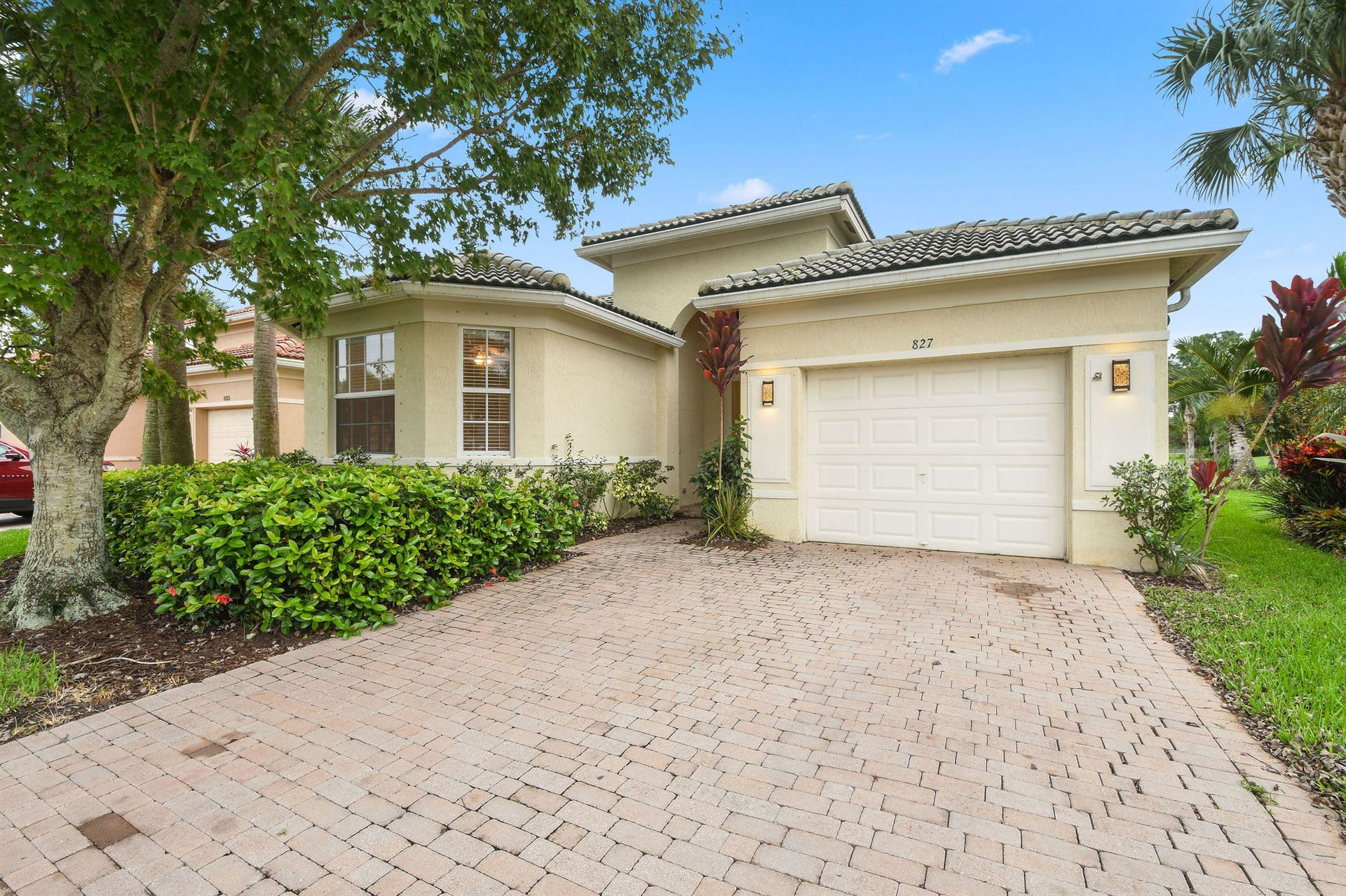 827 NW Rutherford Court, Port Saint Lucie, FL 34983 - #: RX-10664484