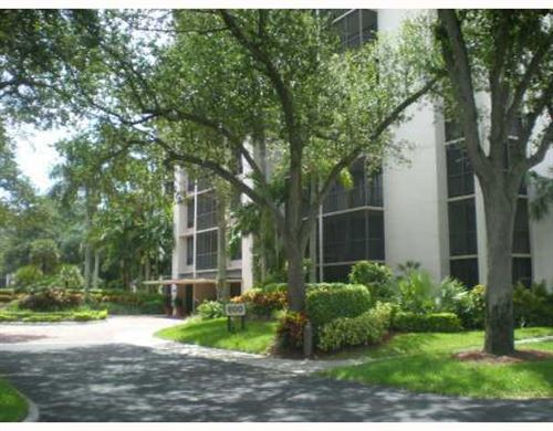 Photo of 7786 Lakeside Boulevard #615, Boca Raton, FL 33434 (MLS # RX-10599485)