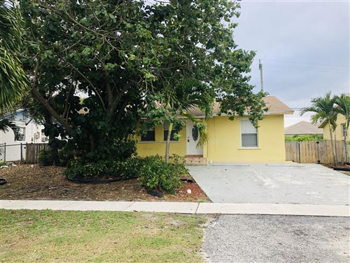 Photo of 70 Miner Road, Boynton Beach, FL 33435 (MLS # RX-10603486)