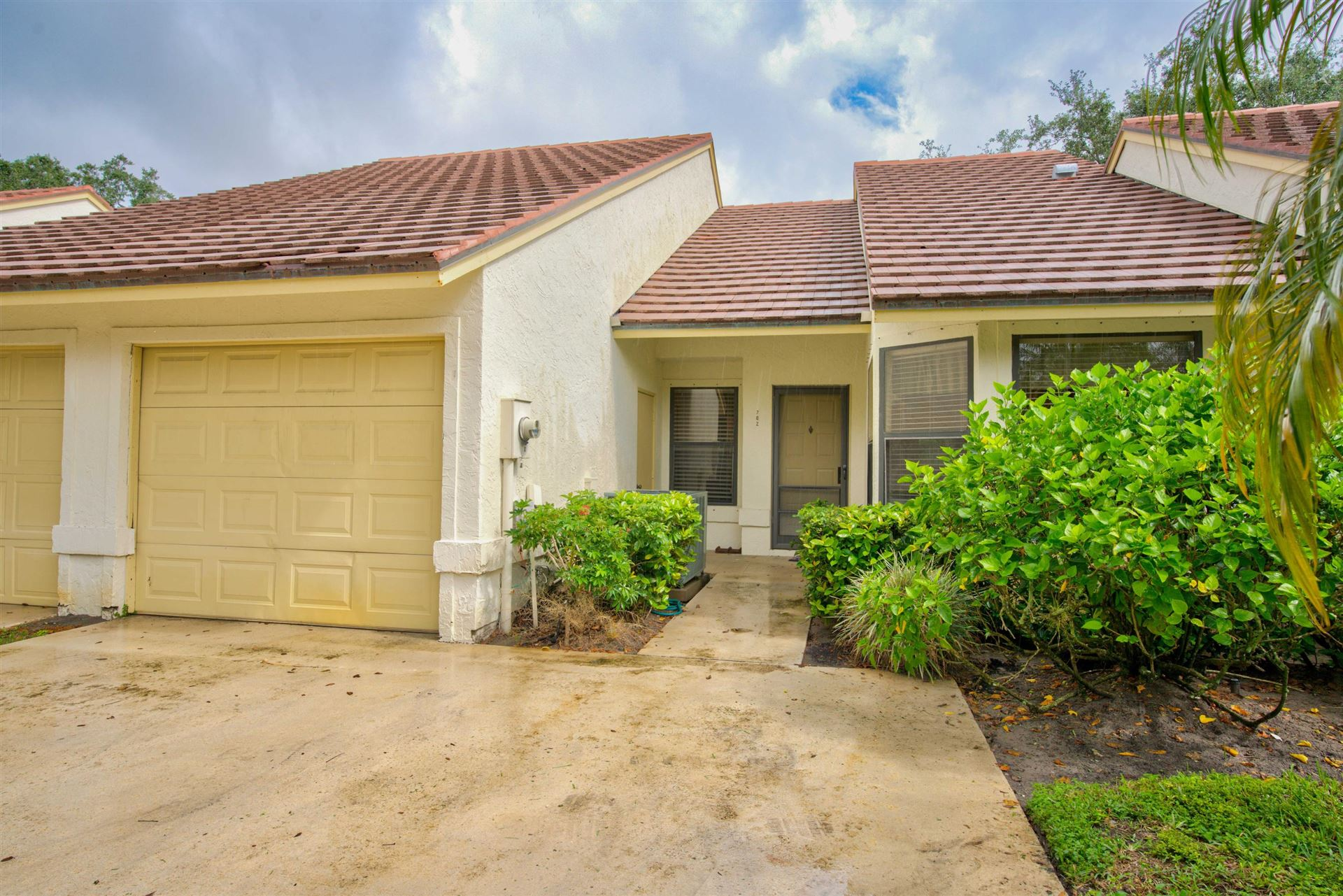 Photo of 702 Saint Giles Court, Palm Beach Gardens, FL 33418 (MLS # RX-10662487)
