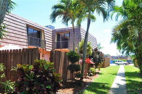 Photo of 913 Springdale Circle, Palm Springs, FL 33461 (MLS # RX-10733488)