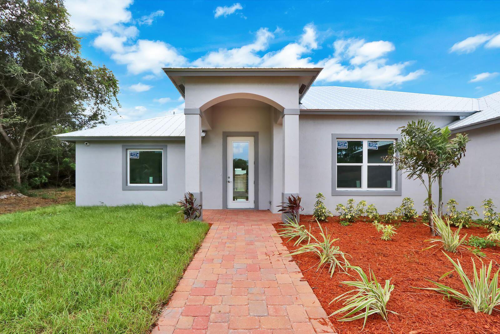 1064 SE Floresta Drive, Port Saint Lucie, FL 34983 - #: RX-10666488
