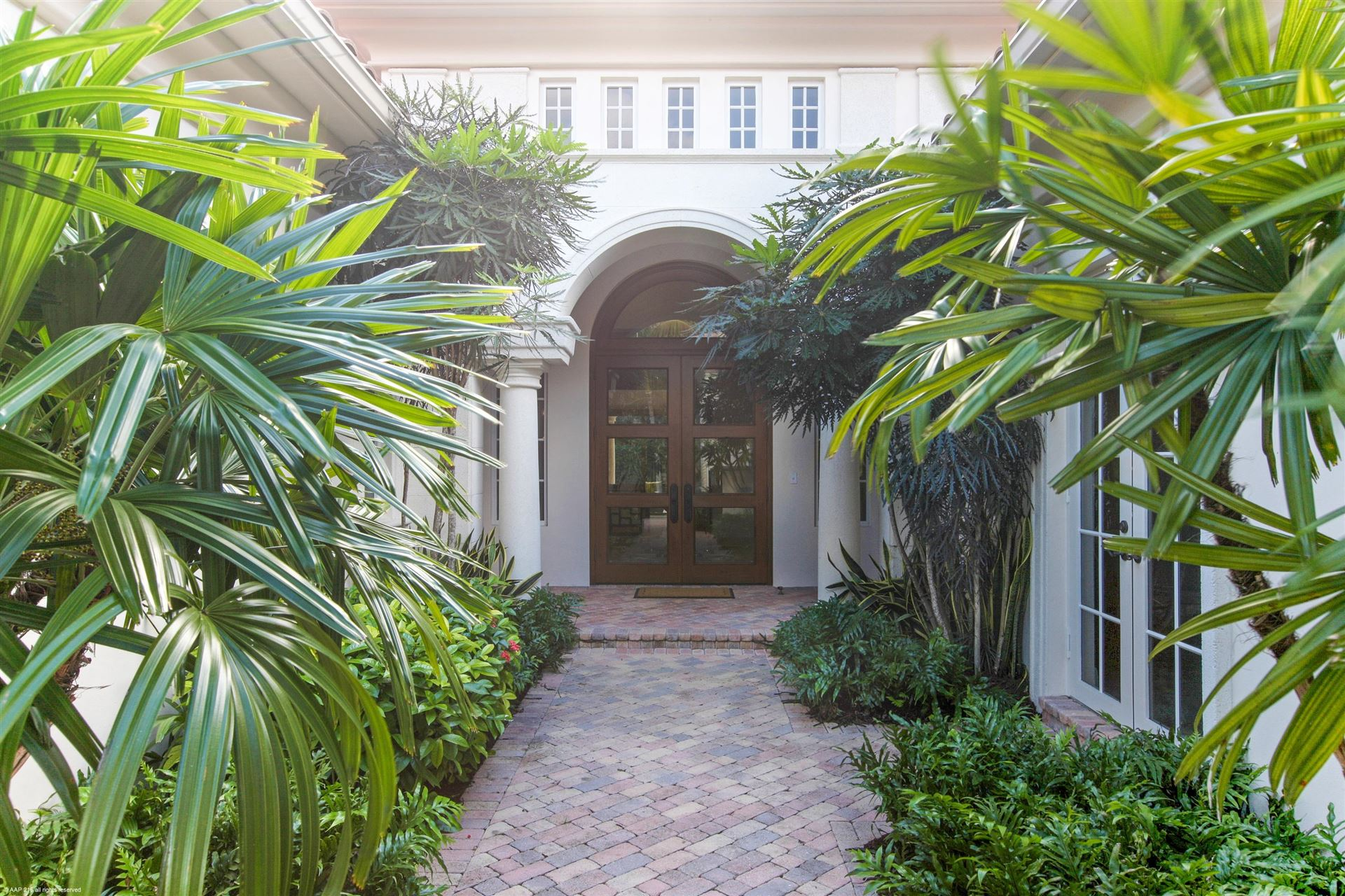 Photo of 11302 Caladium Lane, Palm Beach Gardens, FL 33418 (MLS # RX-10546489)