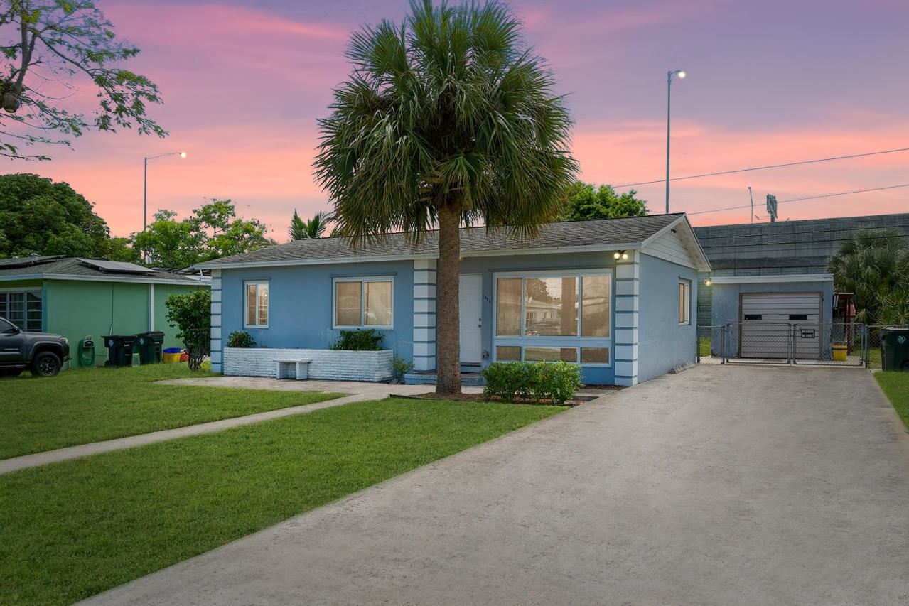 1211 Tropical Drive, Lake Worth, FL 33460 - MLS#: RX-10734489