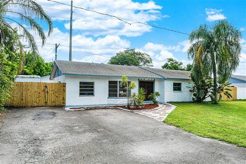 Photo of 1408 NW 7th Street, Boynton Beach, FL 33426 (MLS # RX-10659492)