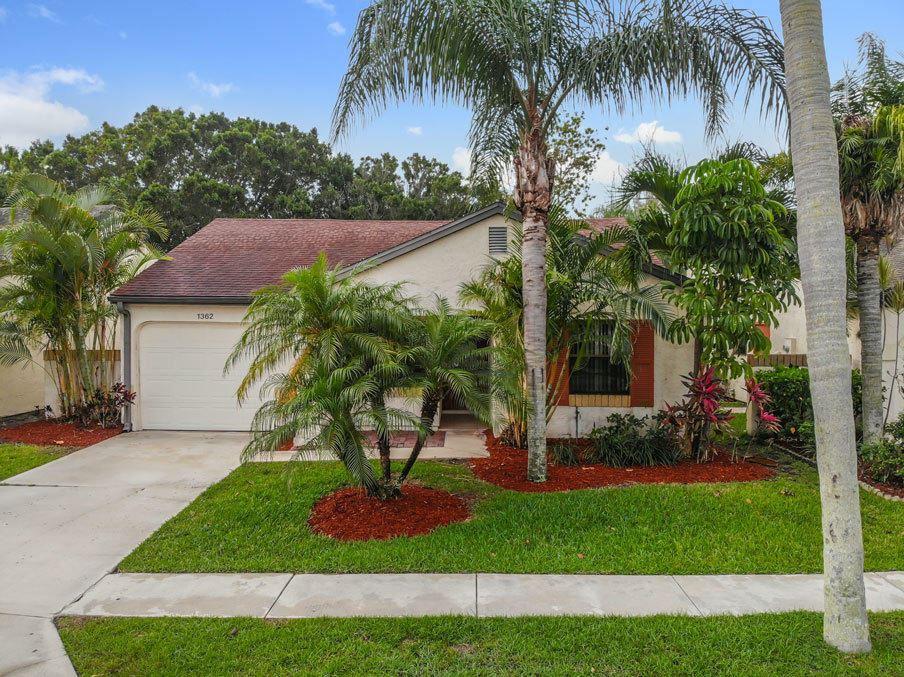 1362 SE Carrington Court, Port Saint Lucie, FL 34952 - #: RX-10619494