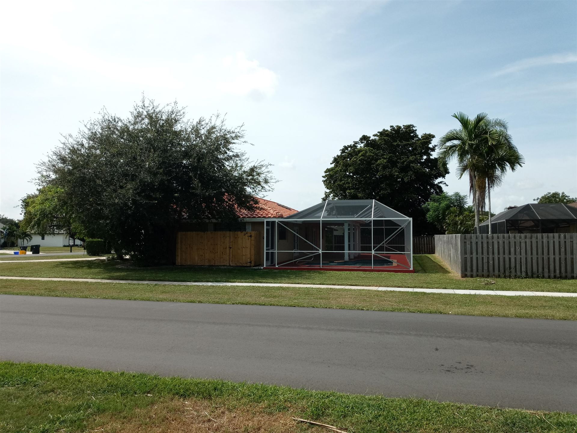 Photo of 12169 Sugar Pine Trail, Wellington, FL 33414 (MLS # RX-10751496)