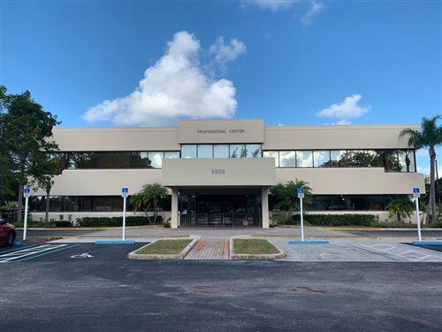 Foto de inmueble con direccion 5305 Greenwood Avenue West Palm Beach FL 33407 con MLS RX-10663498