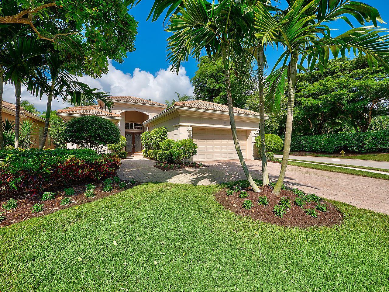 Photo of 87 Laguna Drive, Palm Beach Gardens, FL 33418 (MLS # RX-10656498)