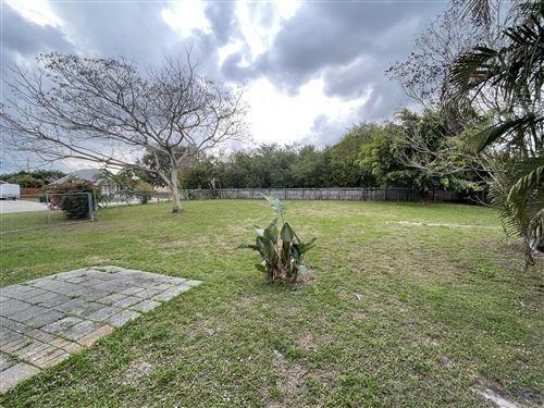 Photo of 833 SW Kappa Avenue, Port Saint Lucie, FL 34953 (MLS # RX-10697500)