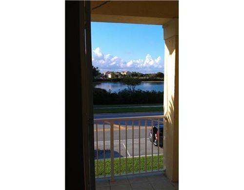 Photo of 1229 Via De Fossi, Boynton Beach, FL 33426 (MLS # RX-10732500)