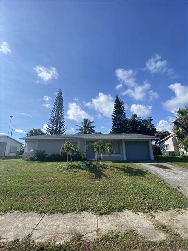 Photo of 2132 SW 12th Court, Delray Beach, FL 33445 (MLS # RX-10656501)