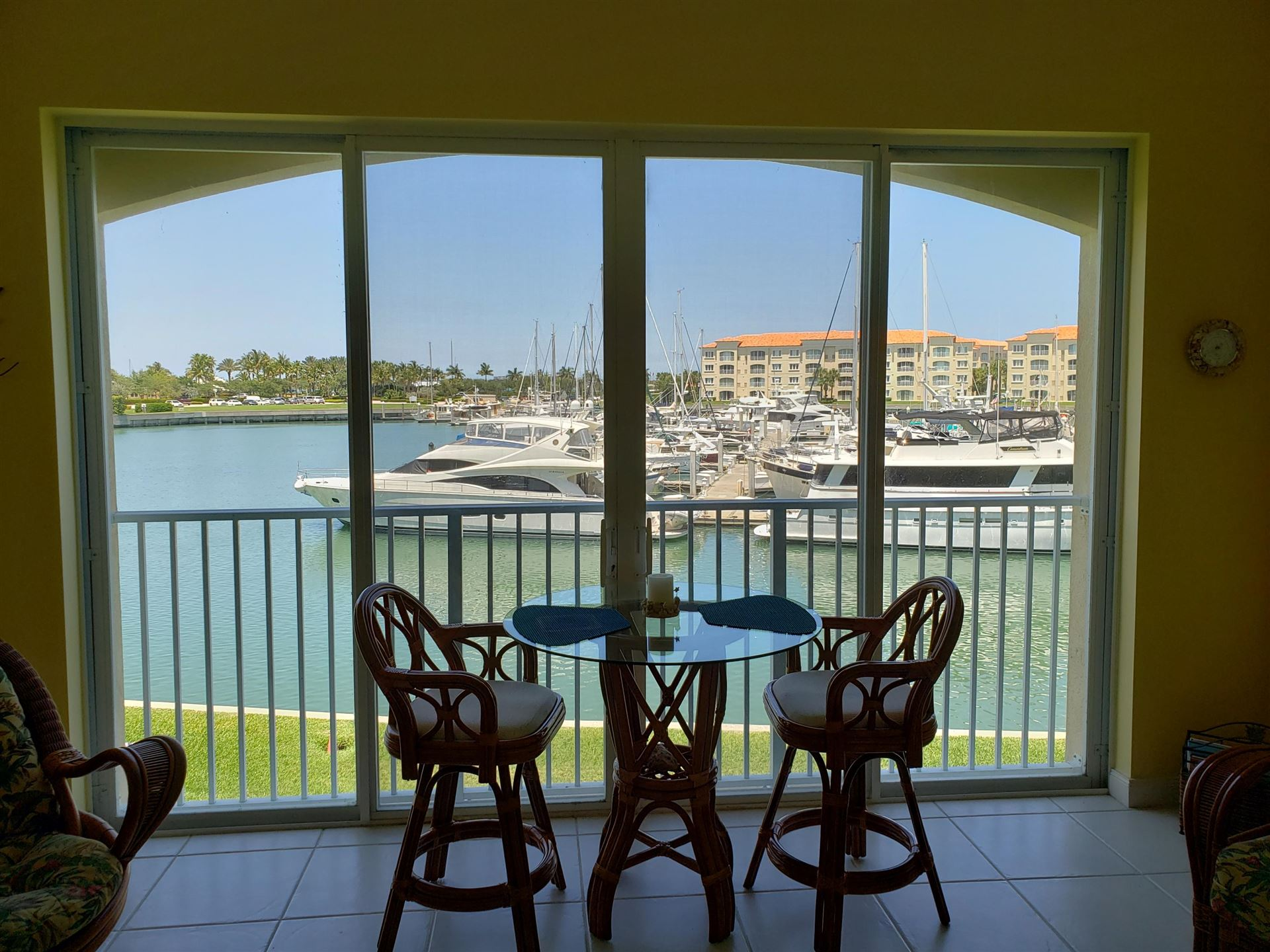14 Harbour Isle Drive W #201, Fort Pierce, FL 34949 - #: RX-10619503