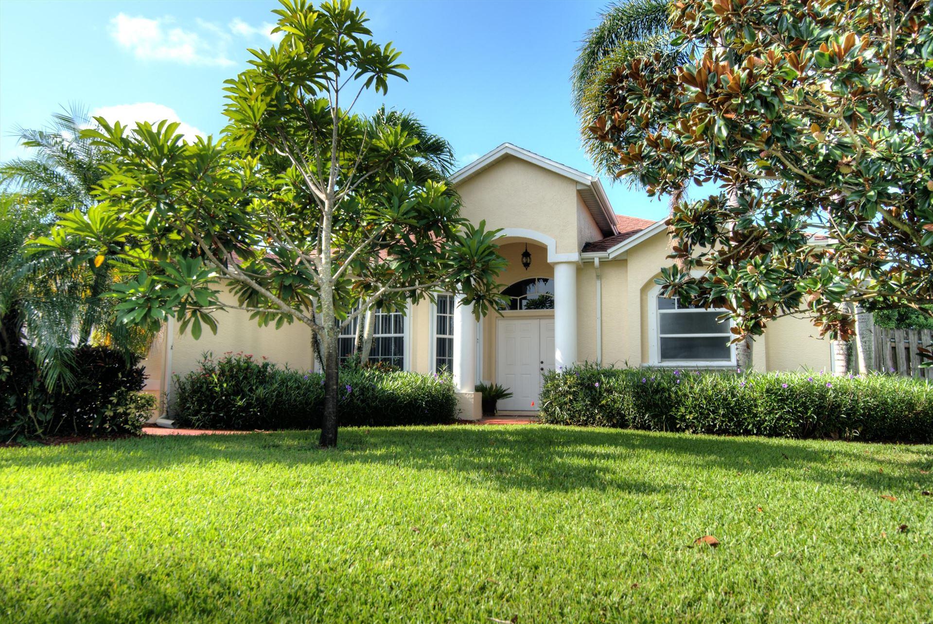 367 SW Dalton Circle, Port Saint Lucie, FL 34953 - #: RX-10735503
