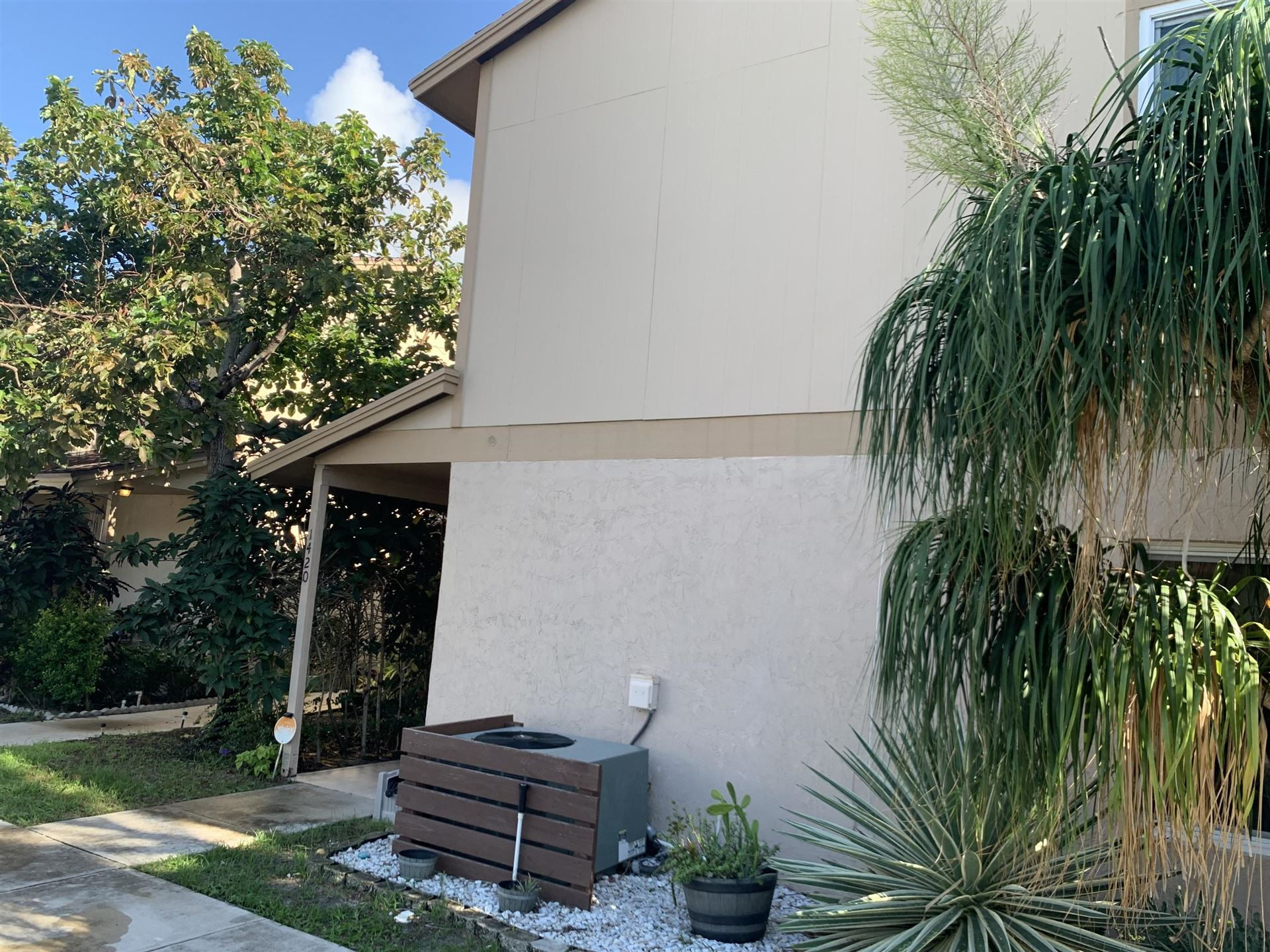 1420 Lake Mango Way, West Palm Beach, FL 33406 - #: RX-10671508