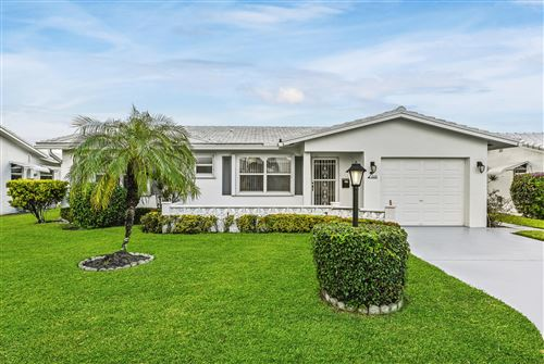 Photo of 605 SW 20th Street, Boynton Beach, FL 33426 (MLS # RX-10585509)