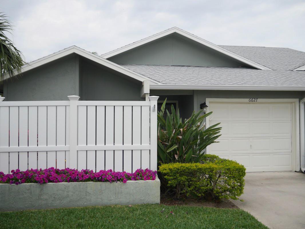 6627 SE Yorktown Drive, Hobe Sound, FL 33455 - MLS#: RX-10710509