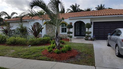Photo of 670 SW 18th Street, Boca Raton, FL 33486 (MLS # RX-10606510)