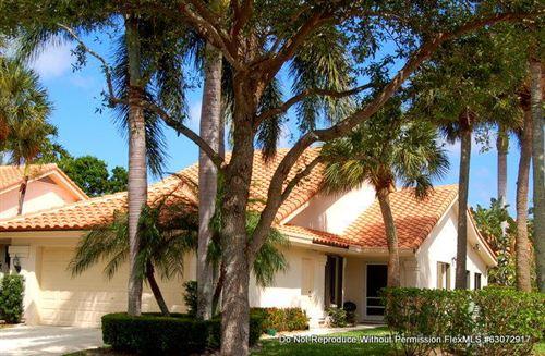 Photo of 2602 Mohawk Circle, West Palm Beach, FL 33409 (MLS # RX-10746511)