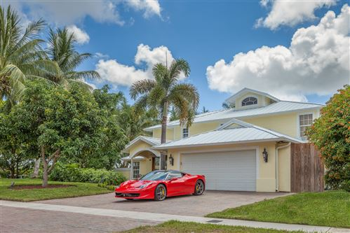Photo of 5844 Pinebrook Drive, Boca Raton, FL 33433 (MLS # RX-10647512)