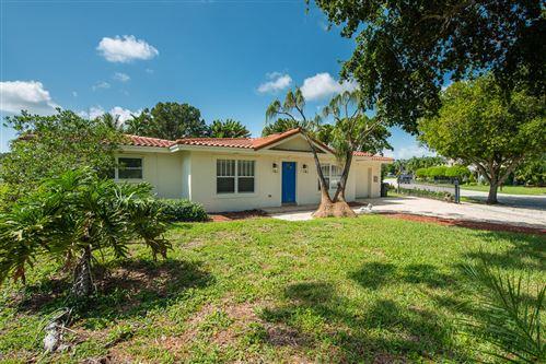 Photo of 750 SW 3 Street, Boca Raton, FL 33486 (MLS # RX-10746516)