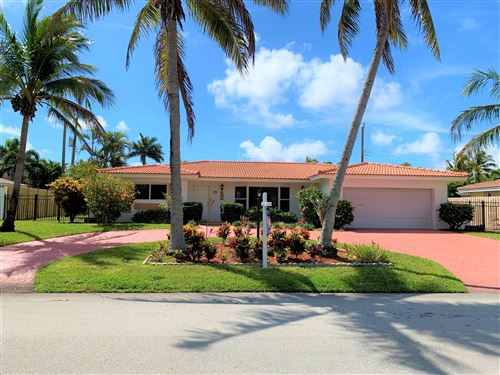 Photo of 910 SE 11 Street, Deerfield Beach, FL 33441 (MLS # RX-10604518)