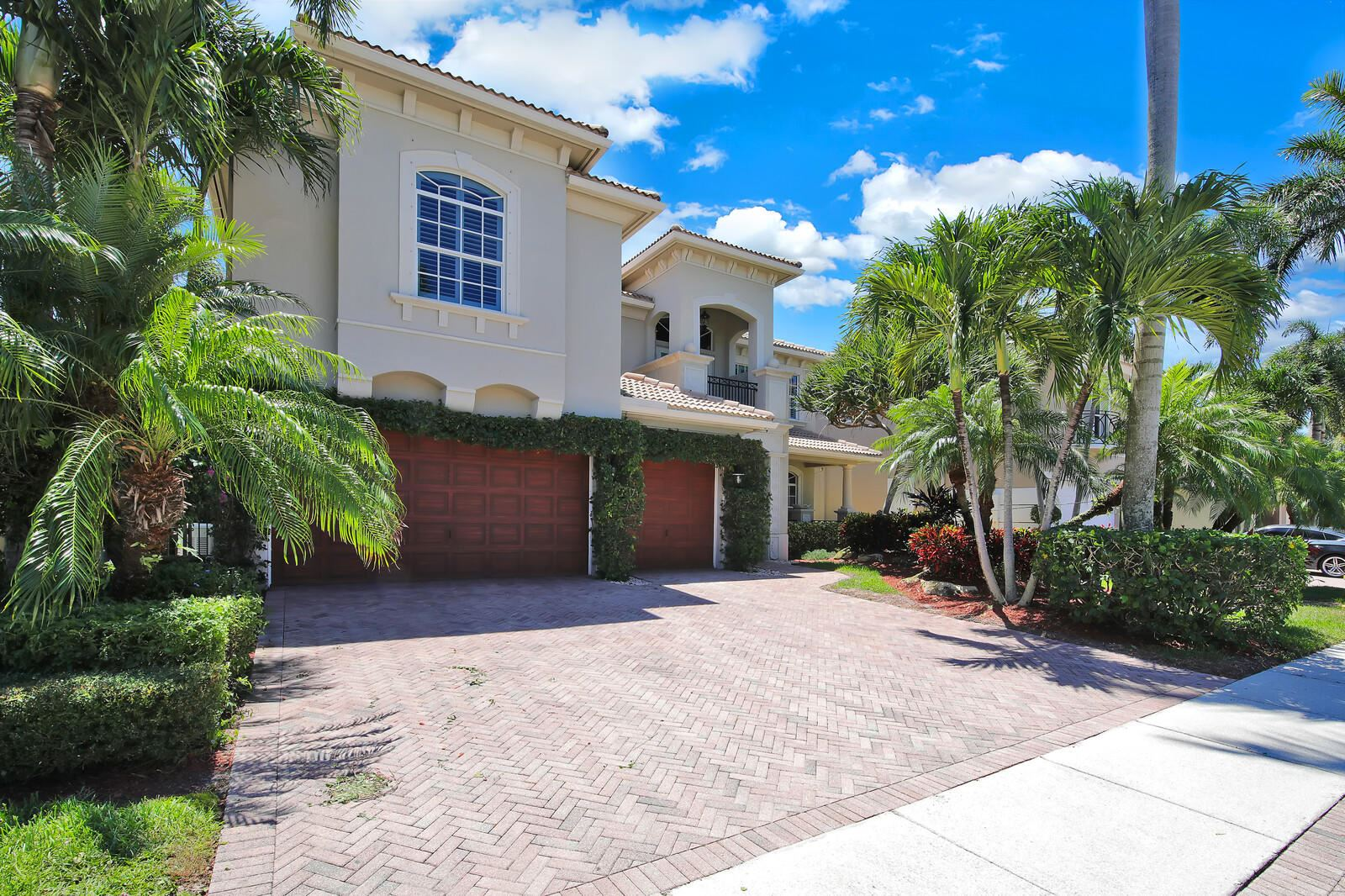 Photo of 809 Floret Drive, Palm Beach Gardens, FL 33410 (MLS # RX-10632519)