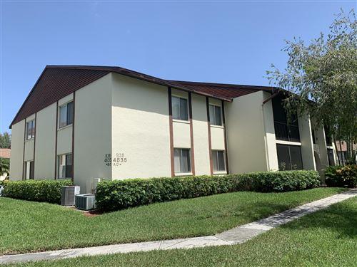 Photo of 4835 Sable Pine Circle #D2, West Palm Beach, FL 33417 (MLS # RX-10656521)