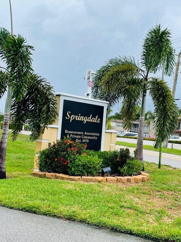 651 Springdale Circle, Palm Springs, FL 33461 - #: RX-10724521